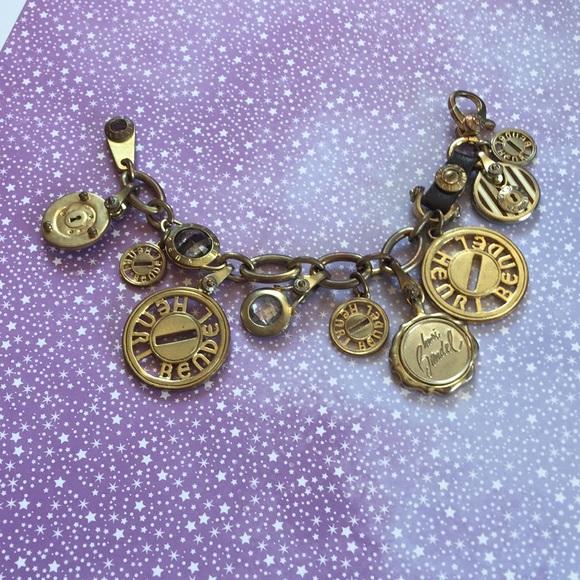 90088671f8e0c HENRI BENDEL charm bracelet